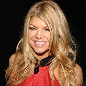 fergie5 300x300 Fergies Blonde Hair