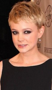 carey mulligan4 174x300 Carey Mulligans Pixie Cut