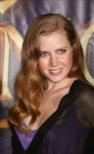 amy adams4 183x300 Amy Adams Wavy Hairstyle