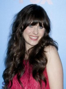 zooey deschanel2 223x300 Zooey Deschanels Hairstyle with Bangs