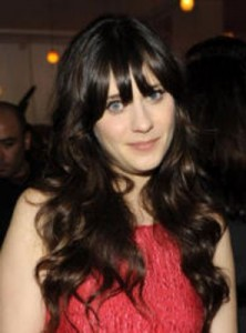 zooey deschanel3 222x300 Zooey Deschanels Hairstyle with Bangs