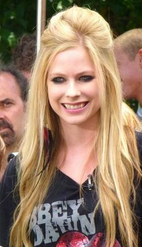 Avril Lavigne Last Hair Models Styles