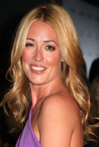 cat deeley2 203x300 Cat Deeleys Tousled Curls