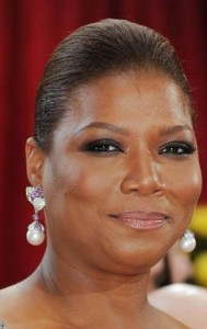 queen latifah4 189x300 Queen Latifahs Sleek Bun