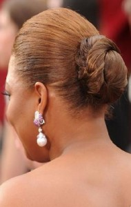 queen latifah5 190x300 Queen Latifahs Sleek Bun