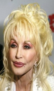 dolly parton 177x300 Dolly Partons Hairstyle With Bangs