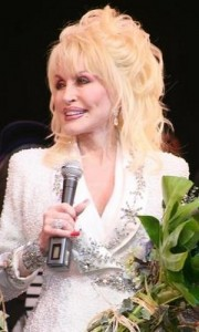 dolly parton4 180x300 Dolly Partons Hairstyle With Bangs