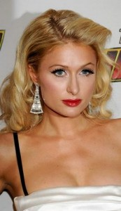paris hilton 173x300 Paris Hiltons Prom Hairstyle