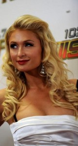 paris hilton6 161x300 Paris Hiltons Prom Hairstyle