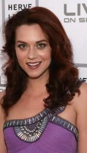 Hilarie Burton brown hair