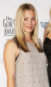 kaley cuoco2 178x300 Kaley Cuocos Straight Hairstyle