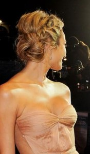 stacy keibler2 175x300 Stacy Keiblers Blonde Updo