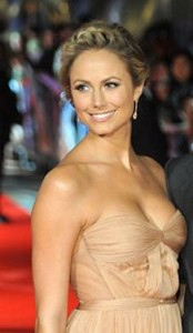 stacy keibler5 174x300 Stacy Keiblers Blonde Updo