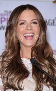 kate beckinsale6 186x300 Kate Beckinsales Wavy Hairstyle