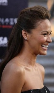 moon bloodgood3 175x300 Moon Bloodgoods Straight Hairstyle