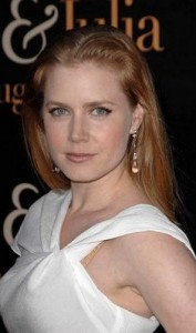 amy adams4 177x300 Amy Adams Straight Hairstyle