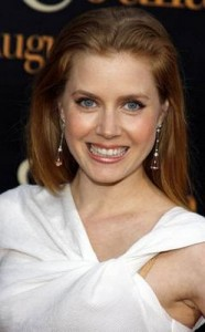 amy adams6 186x300 Amy Adams Straight Hairstyle