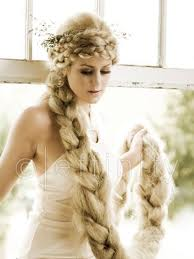 The Rapunzel Hairstyle Derived From Very Famous Childrens Fairytale Character Created By Grimm Brothers Is An Elegant Style Bound To