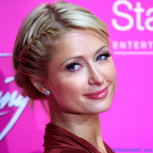 500x500 paris hilton braid updo Paris Hiltons side braid: look cute and chic together!