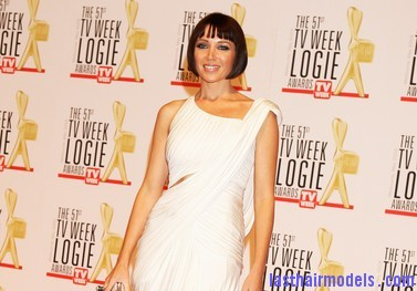 51st+TV+Week+Logie+Awards+Arrivals+hkK30Humw5hl Danni Minogues short convex bob: Sleek short hairdo.