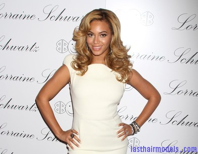 Beyonce+Knowles+Beyonce+Hosts+Lorraine+Schwartz+udzmp8cVp18l Beyonce's thick loose curls: Cocktail party style!