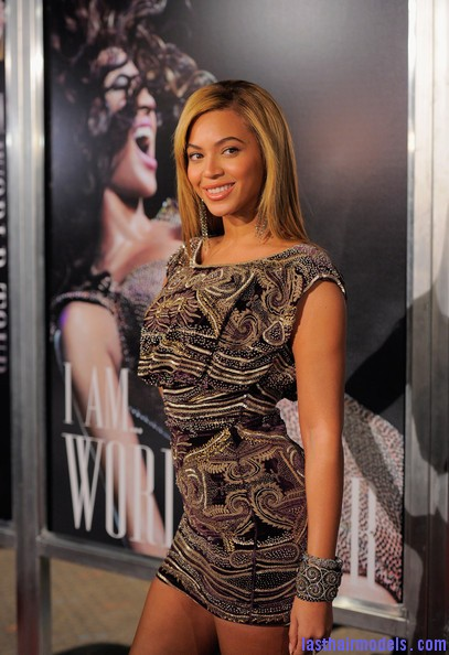 Beyonce+Knowles+World+Tour+New+York+Screening+mP6E2O3X647l Beyonce Knowles ultimate sleek hair: Extra straight with darker roots!