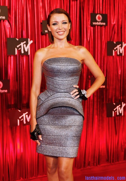 Dannii+Minogue+Arrivals+MTV+Australia+Awards+jCe2eLzXZTFl Dannis sleek back sweep: Go more bold this party season!