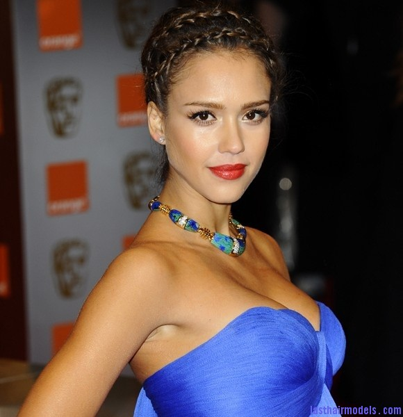 Heidi Braids Jessica Alba's double crown braid: Heidi braids at their best!!