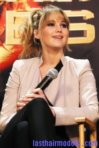 Jennifer Lawrence outfit The Hunger Games Broward Mall promotion 1 200x300 hunger games 090312