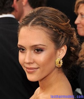 Jessica Alba Braided Updo Jessica Alba's two braids in style: The messy outlook for the perfect party!