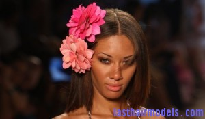 Style pick of the day floral hairclips 300x174 Style pick of the day floral hairclips