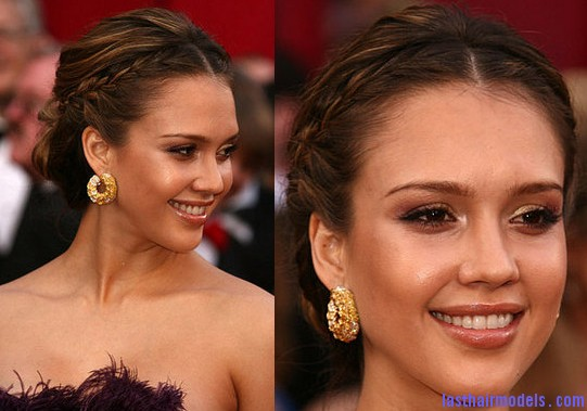 alba Jessica Alba's two braids in style: The messy outlook for the perfect party!