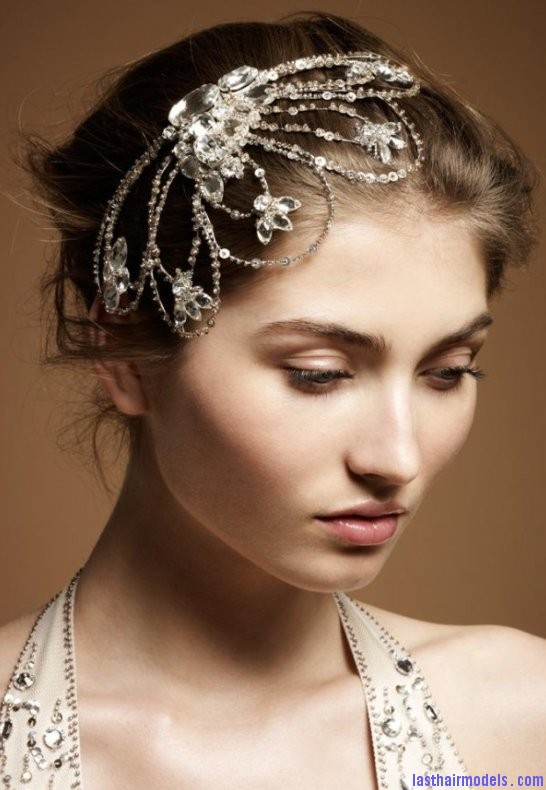 Crystal head wraps: Perfect hair accessory for your wedding