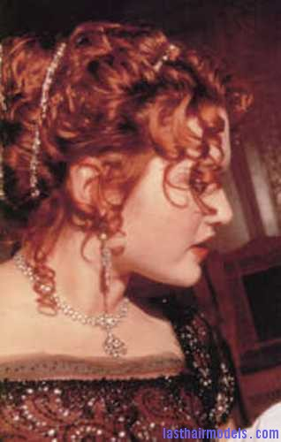 titanic10i Kate Winslets Titanic hair style: Red haired curly updo