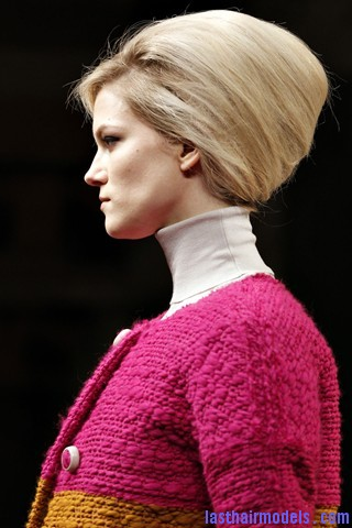 00120big 320x4803 Bottega Veneta fashion show models hairstyle: Thick high frizzy vintage buns!