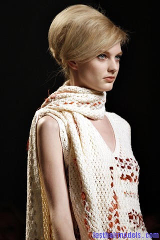 00190big 320x4802 Bottega Veneta fashion show models hairstyle: Thick high frizzy vintage buns!