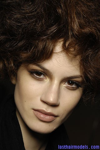 00250f Short curly hair bob: Volumed thick curly hairdo!