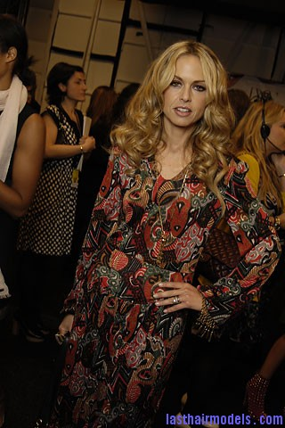 00320f Tousled mane with curls: Models at Diane Von Furstenburg show.
