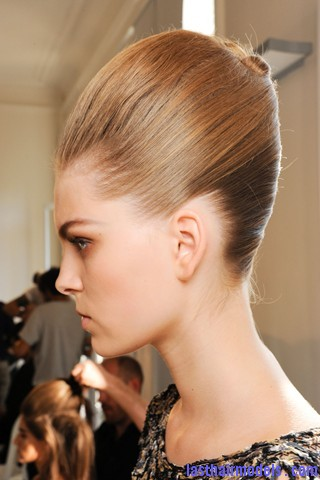 Magnificent Front Poof With French Twist At Rochas Fashion Show Last Hair Short Hairstyles Gunalazisus