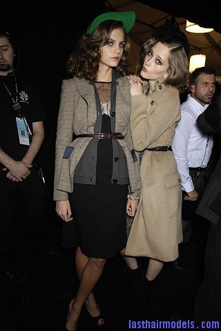 00750f Tousled mane with curls: Models at Diane Von Furstenburg show.