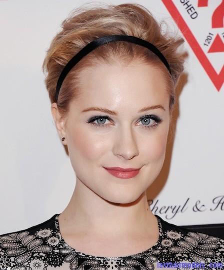 0322 evan rachel wood headband hairstyle celeb hairstyles gym hairstyles bd Sleek head band adds to style: Make yourself look chic!