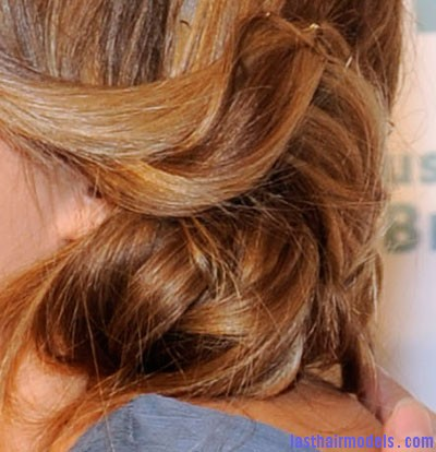 1109 very close lauren conrad hair updo detail bd Lauren Conrad's stranded chignon.