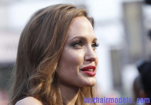 240187 oscars 2012 red carpet beauty 300x209 240187 oscars 2012 red carpet beauty
