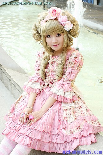 6943148518 e022deff9f The Japanese Lolita club hairstyle: Nymphet inspired hairstyle!