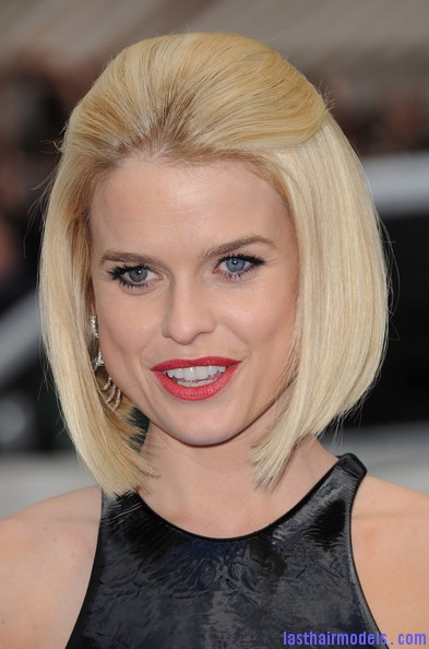 Alice+Eve+Shoulder+Length+Hairstyles+Mid+Length+xXO9ZpJPbz7l Alice Eve's half tie bob: Ultimate bossy!