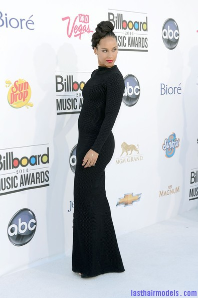 Alicia+Keys+2012+Billboard+Music+Awards+Arrivals+hW9 h 41CB l Alicia keys thick plaited updo.