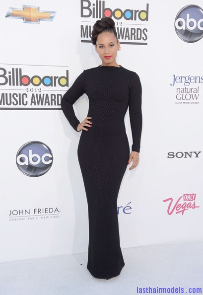Alicia+Keys+2012+Billboard+Music+Awards+Arrivals+jzTjE eFCKal Alicia keys thick plaited updo.