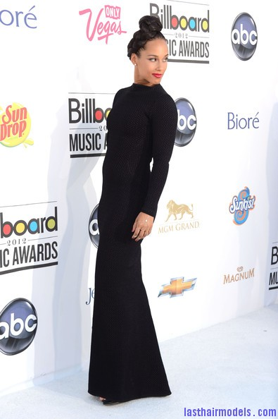 Alicia+Keys+2012+Billboard+Music+Awards+Arrivals+vAc0k0FfnWwl Alicia keys thick plaited updo.