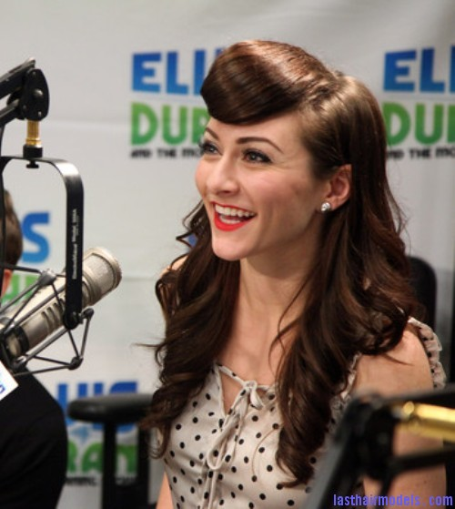 Amy+Heidemann+Karmin+Visits+Elvis+Duran+Z100+tA841oF2BEOl Amy Heidemann's retro cone updo: Retro works!!