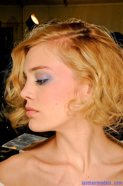 Azzaro+Fall+2012+Backstage+NB9N 9l5KW9l Messy curly short bob at Azura fall 2012.